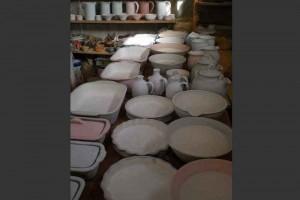artisan-potier-préparation- enfournement-dolomieu