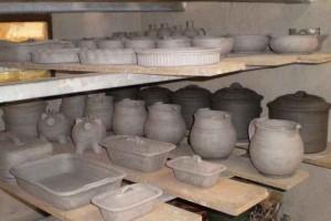artisan-potier-séchoir-sechoir-atelier-dolomieu